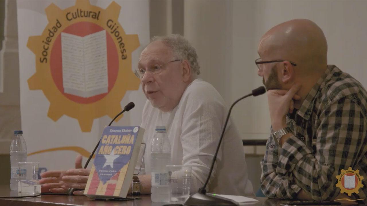 Presentación del libro 'Cataluña Año 0' a cargo de su autor, Ernesto Ekaizer